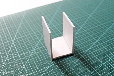Dán các mảnh 1,2 và 4 lại như hình bên.