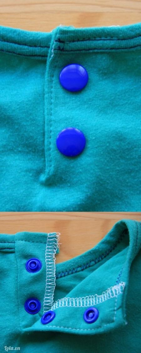 Bấm hoặc khâu nút vào miếng vải. Bạn đã hoàn thành rồi đó.