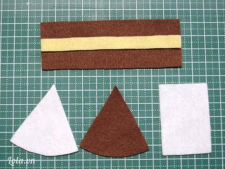 Bước 1: Đầu tiền, cắt vải nỉ màu nâu đen, màu trắng, màu kem theo như hình dưới, về kích thước của nó thì tùy thuộc vào các bạn muốn chiếc bánh của mình to hay nhỏ!