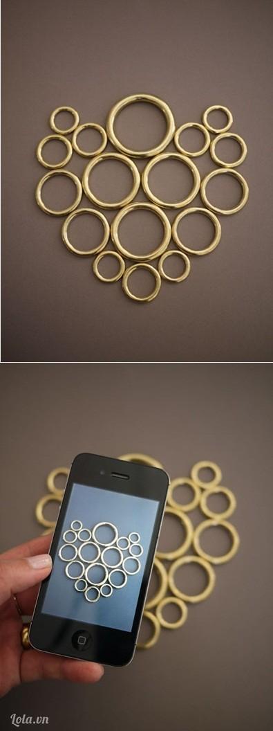Sắp xếp hình dáng và kiểu dáng chiếc vòng cổ mà bạn định làm sau đó chụp hình lại để nhớ