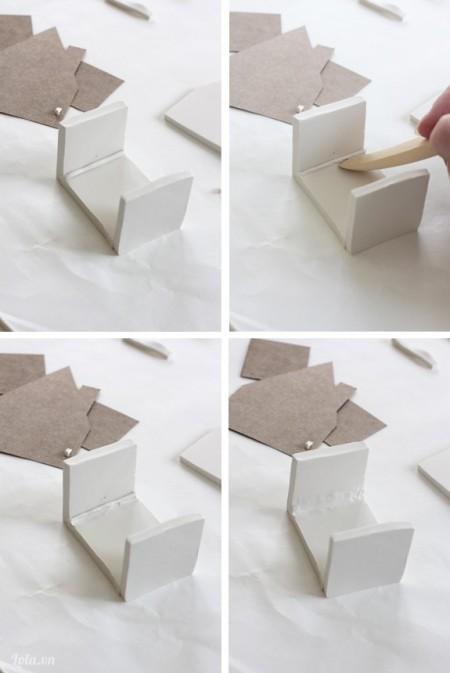 Sau khi cắt xong mô hình, tiếp theo bạn ghép chúng lại bằng các mối nối đất xét mỏng như trong hình. Nhớ dùng cán mịn để làm mối nối thêm mịn và chắc hơn, làm tương tự như vậy cho hai cạnh.