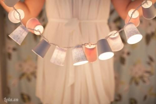 Làm bóng đèn từ ly giấy dễ thương