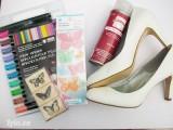 Mix giày với họa tiết bướm xinh