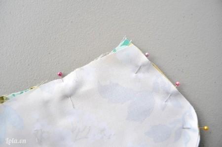 May dính các miếng vải lại rồi tạo độ nhúng như hướng dẫn