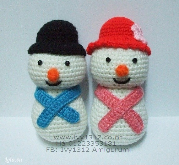 Cặp đôi người tuyết - Thú móc len nhồi bông Amigurumi (Giá cho cả đôi)