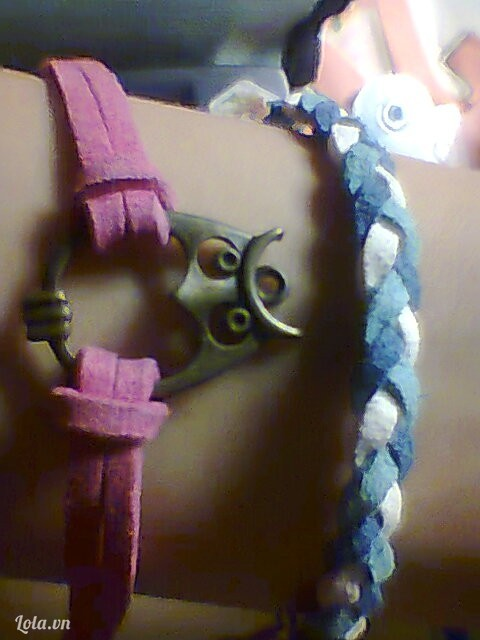 Vòng handmade dây da lộn