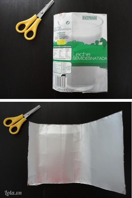 Bạn cắt đầu và đuôi một hộp sữa, sau đó cắt theo chiều dọc của hộp như trong hình