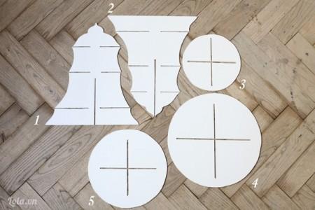 Tải bản mô hình cupcake về và cắt bìa mô hình theo mẫu tải về
