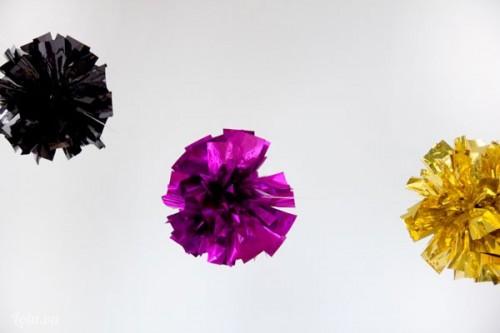Tự làm bông hoa bung lắp lánh