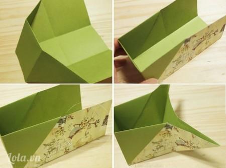 Căn ke giấy lên từng thành trong của hộp rồi cắt vừa kích cỡ, dán phủ vải trên các tấm bìa, sau đó dán các bìa bọc vải này vào trong lòng hộp bút của bạn.