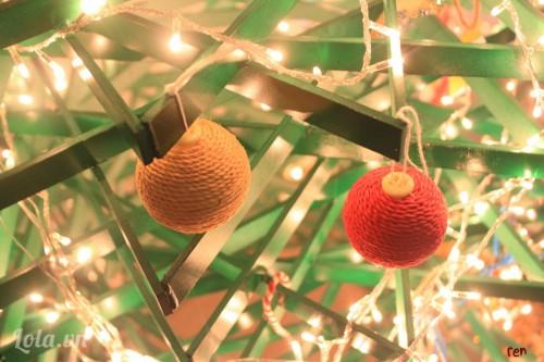 Làm quả châu trang trí cây thông Noel