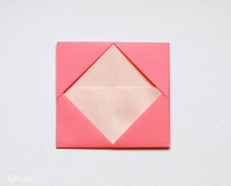 Bạn chỉnh lại giấy để được như hình