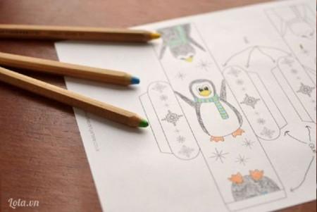 Bạn tải mô hình chim cánh cụt về in ra và tô màu