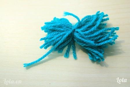 sau khi cắt phần len sẽ có hình dạng như trong hình