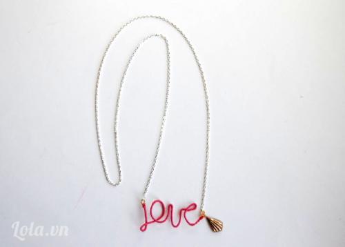 Làm vòng dây chuyền chữ LOVE cực đẹp